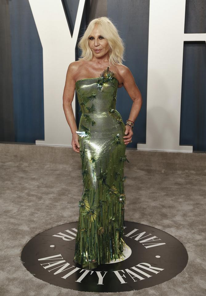 Oscary 2020: Donatella Versace na Vanity Fair Oscar Party