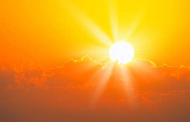 Sam efekt cieplarniany jest nam potrzebny do przetrwania. Bez niego temperatura na Ziemi wynosiłaby ok. minus 15 stopni Celsjusza