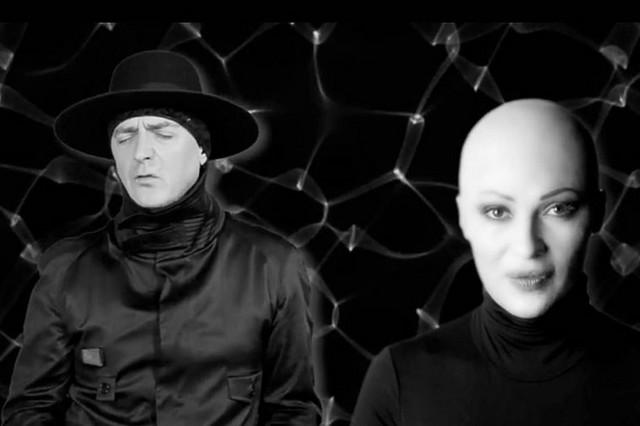 """Ceca Ražnatović i Oliver Mandić u spotu """"Vreme za ljubasv ističe"""""""