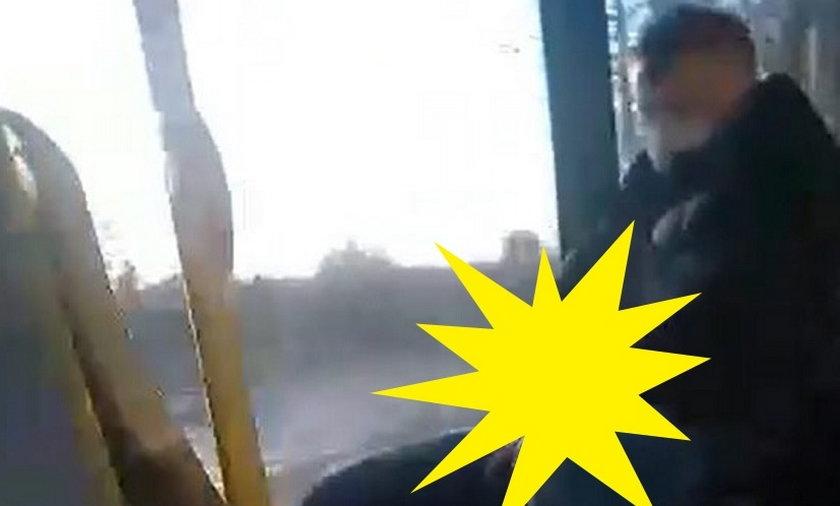 Mężczyzna onanizował się w autobusie miejskim.