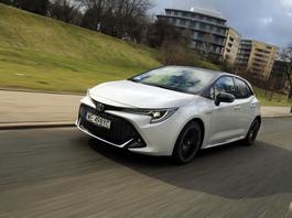 Toyota Corolla 2.0 Hybrid GR Sport – hybrydowy hot hatch?