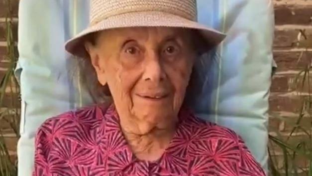 Megjárta a haláltábor poklát, most TikTok-sztár lett amagyar holokauszt-túlélő nagymama
