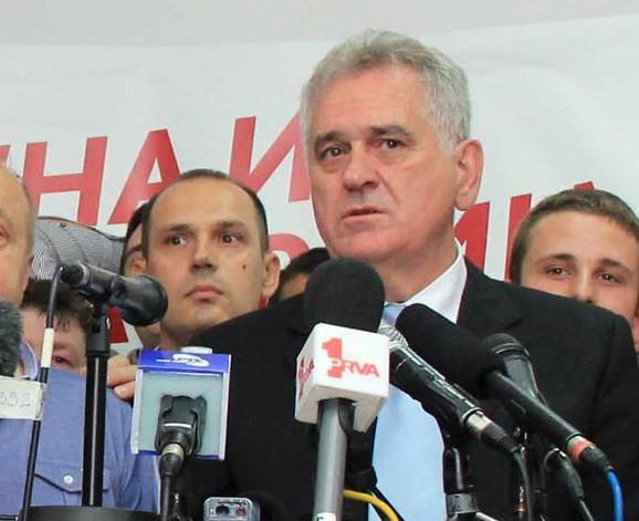 Nikolić i Lončar (prvi s leva)