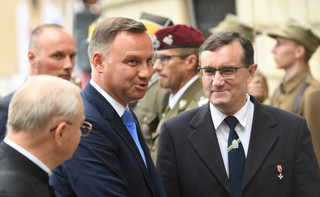 Prezydent spotka się w poniedziałek ze zwolennikami weta ordynacji do PE
