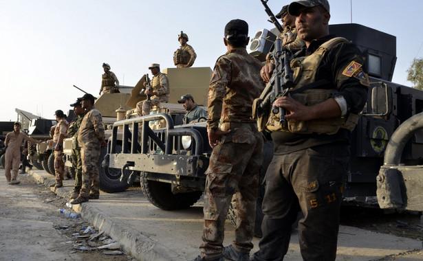 """Do skierowania wojska na ulice doszło po apelu sunnickiego premiera Libanu Saada Haririego, by """"zakończyć chaos"""" w mieście."""