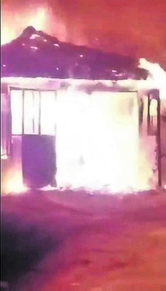 Zapaljena Jovanovićeva kuća