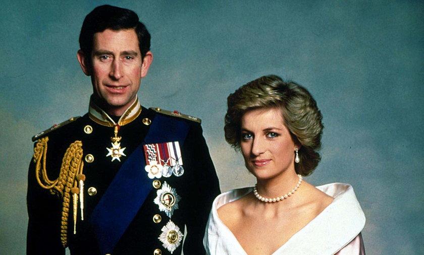 Tort weselny przetrwał dłużej niż ich małżeństwo...