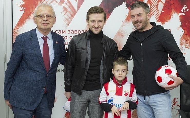 FK Crvena zvezda, 15.000