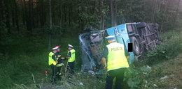 Autobus w rowie, dziesiątki rannych dzieci. Kierowca niewinny