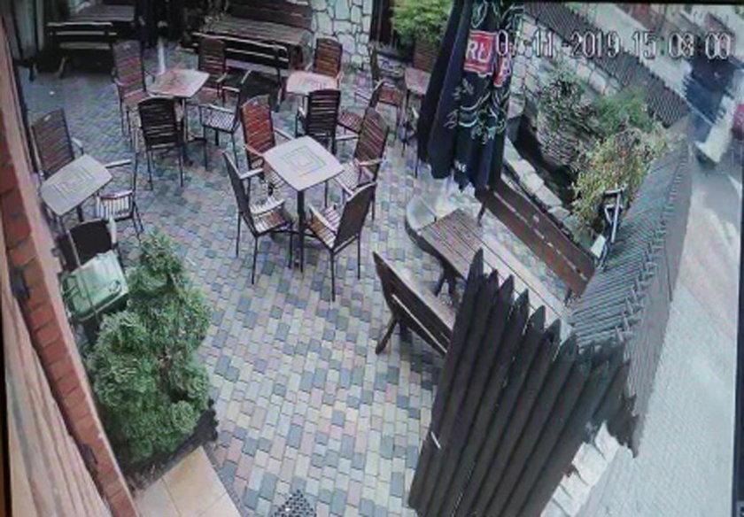 Dramat na Lubelszczyźnie. Tir wjechał w ogródek restauracyjny i budynek