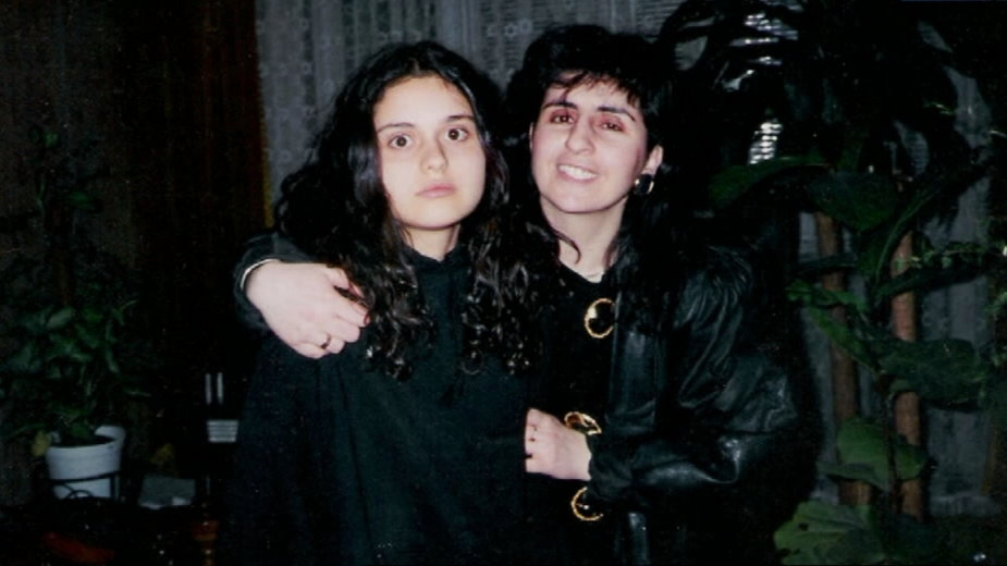 """Eleni z córką Afrodytą / VOD.pl """"Niepokonani: Eleni"""""""