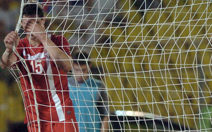 64910_ad-fudbal-srbija-grcka-zigic-02