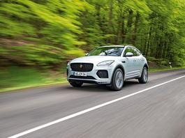 Hybrydowy Jaguar E-Pace – nowe hobby: oszczędzanie paliwa