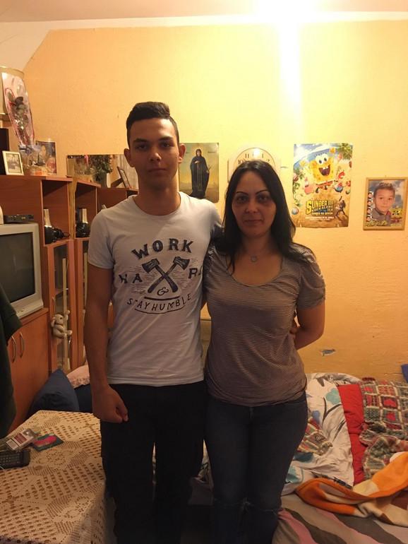 Nikola i njegova mama Snežana