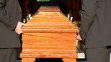 Domy pogrzebowe nie nadążają z chowaniem zmarłych w Polsce? Sprawdziliśmy, jaka jest prawda. Branża ma problem, ale zupełnie inny