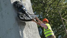 """""""RG"""": władze Kurska chcą zabrać pomnik generała Czerniachowskiego"""
