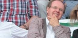 Zadowolony Fibak na stadionie. Nieźle się bawił...