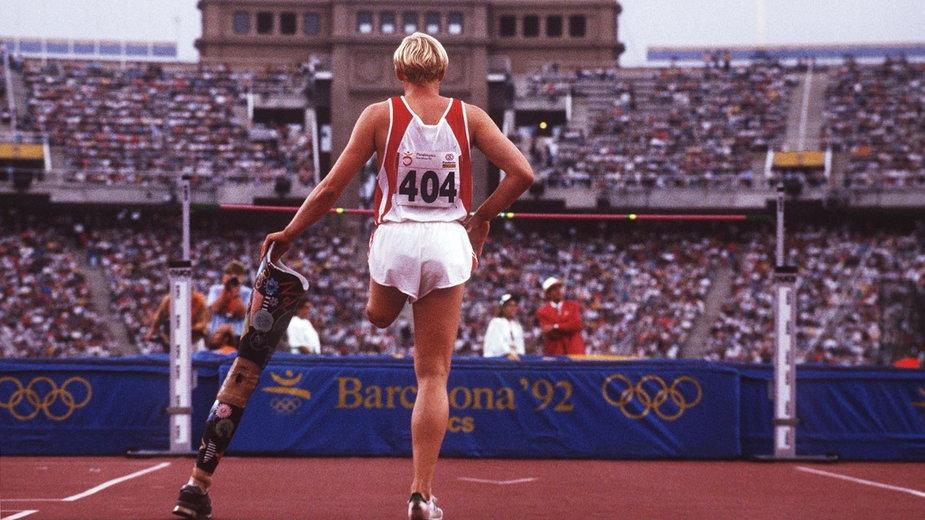 Paraolimpijka podczas igrzysk w Barcelonie w 1992 r.