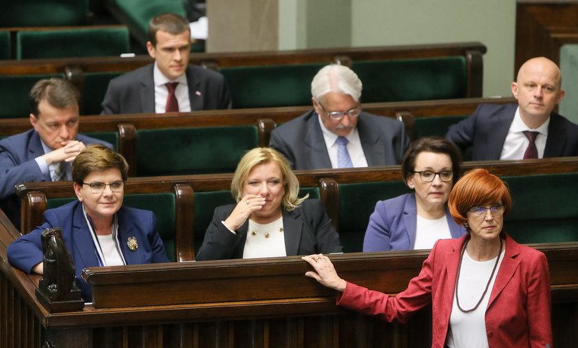 Elżbieta Rafalska, Beata Szydło, Beata Kempa, Anna Zalewska, Mariusz Błaszczak, Witold Waszczykowski, Paweł Szałamacha, Witold Bańka