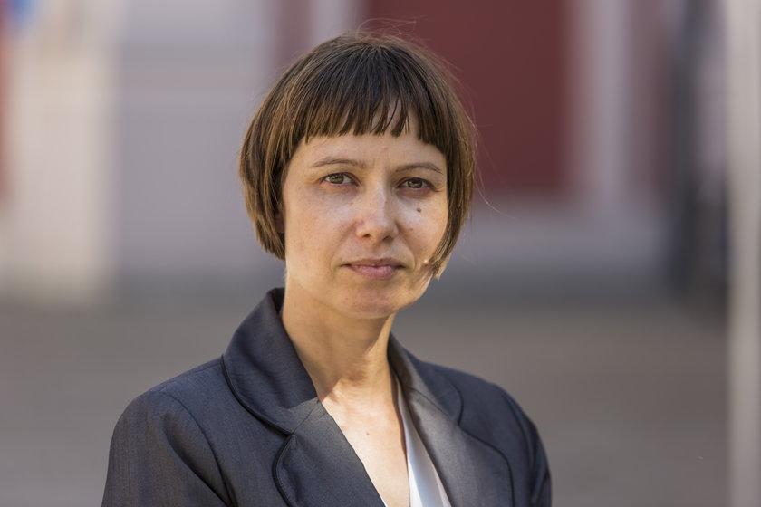 Hanna Surma, rzeczniczka UMP, tłumaczy, że większa liczba etatów to wynik konkretnych zmian organizacyjnych