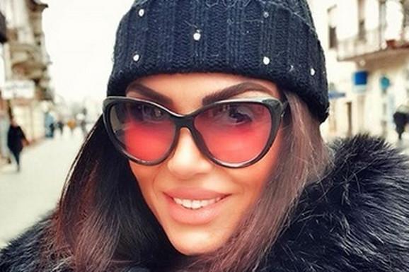 Bila je najlepša Srpkinja, zavela glumca, pa nestala i promenila ZANIMANJE: Danas je prozivaju da je PRETERALA sa operacijama