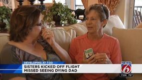 Leciały pożegnać się z ojcem, wyrzucono je z samolotu, bo płakały