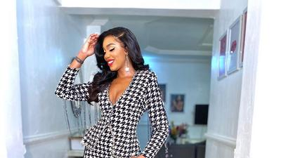 Sharon Ooja shows us how to dress for success in prints