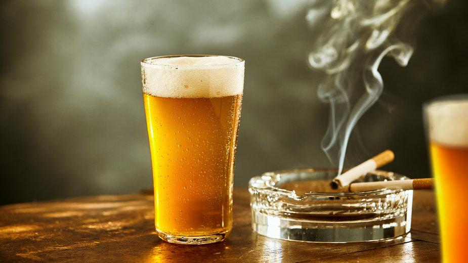 Podwyżki akcyzy w 2022 r. Ile zapłacimy za alkohol i papierosy?