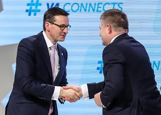 Morawiecki: Nie rozmawiałem na temat zmiany waluty w Polsce