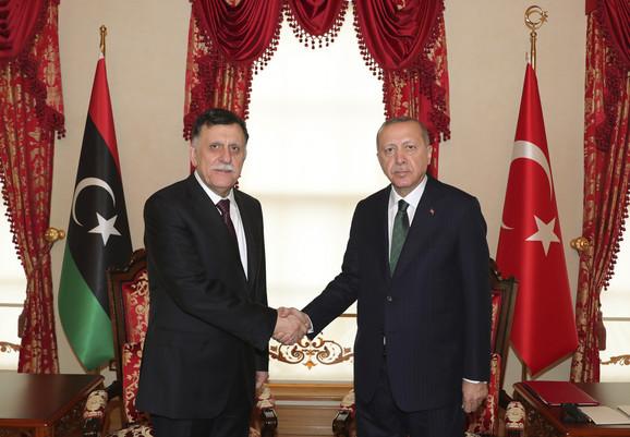 Fajez al Saradž i Redžep Tajip Erdogan
