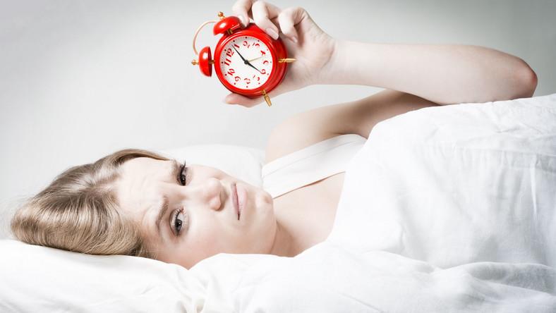 Śpimy coraz dłużej - wynika z badań naukowych