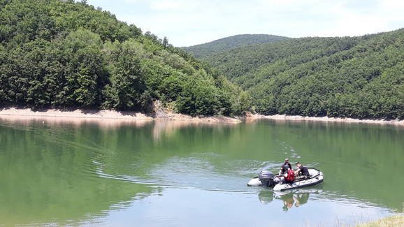 Ronioci satima pretražuju jezero za Željkom