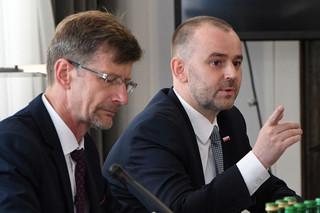 Mucha w Senacie: Nadszedł czas, aby oddać obywatelom głos w kwestii ustroju Rzeczypospolitej