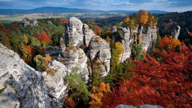 Znalezione obrazy dla zapytania skalne czeskie miasta