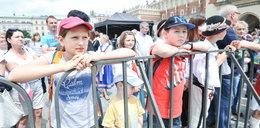 Dzieci bawiły się na rynku