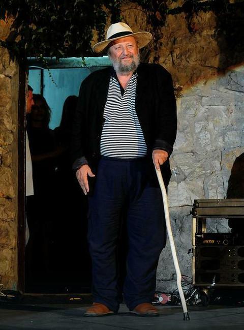 """Isplivala tajna sa snimanja filma """"Lepota poroka""""! Glumica otkrila sa kojom koleginicom je bio u šemi Petar Božović!"""