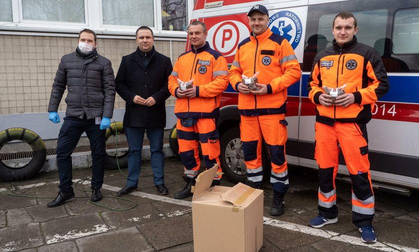Piękne gesty wobec ratowników i lekarzy