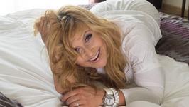 Katarzyna Skrzynecka: mając 45 lat nie zmieniam twarzy na sztuczną