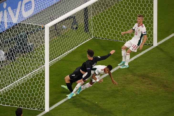 Az a szerencsétlen hiba vezetett a német egyenlítéshez. / Fotó: Getty Images