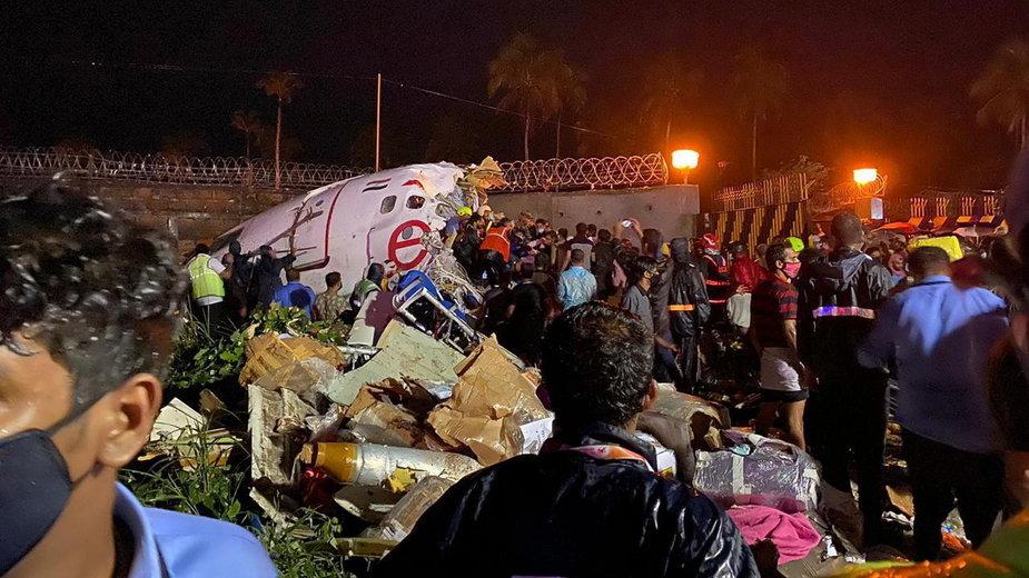Katastrofa samolotu w Kozhikode w Indiach