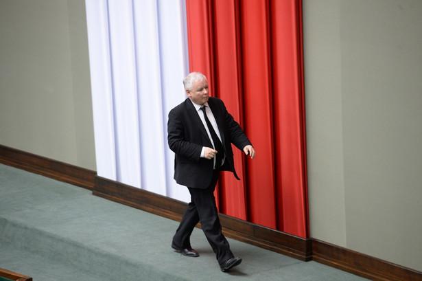 Sam Jarosław Kaczyński w 1997 r. krytykował apetyt działaczy AWS na państwowe stołki.