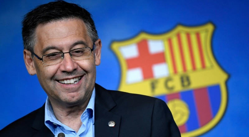 Bartomeu to face vote of no confidence from Barcelona members