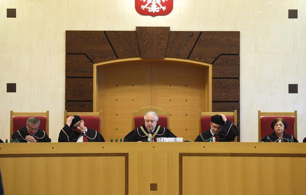 Sędziowie TK podczas odczytania wyroku ws. maturzystów, PAP/Radek Pietruszka
