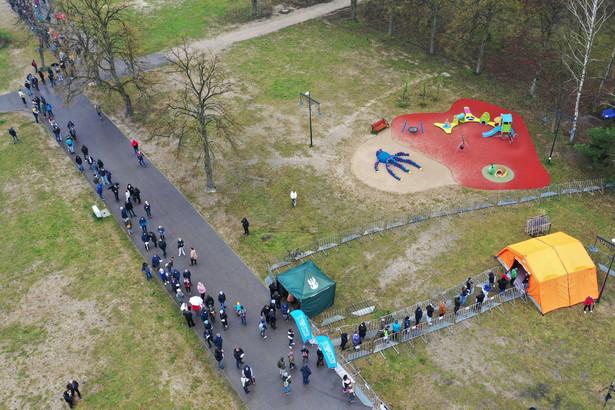 Mobilny punkt szczepień w Łodzi