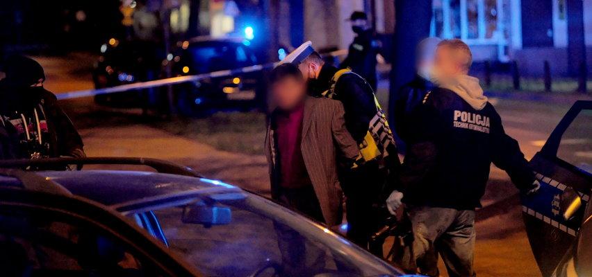 """Co za koszmar! Najpierw potrącił policjanta, a potem uderzył w """"elkę"""". Padły strzały"""