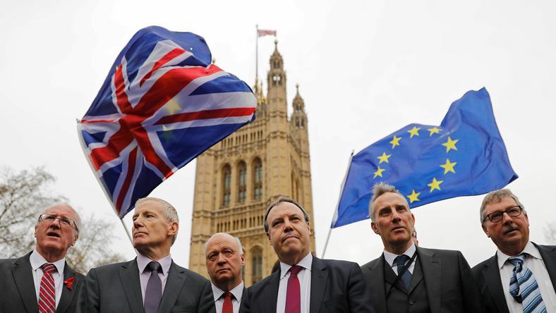 KE: czas na porozumienie w sprawie Brexitu do końca tygodnia