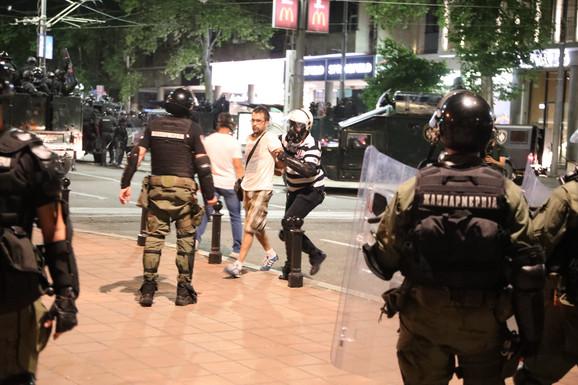 Protesti - hapšenje