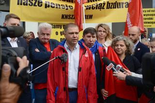 Manifestacja OPZZ o wyższe płace w budżetówce: Mamy dość polityki rządu, arogancji i kłamstw premiera Morawieckiego