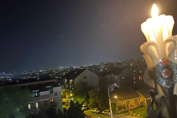 ČUDO USRED POLICIJSKOG ČASA! Širom Srbije BAKLJADE u čast Miše Tumbasa! /VIDEO/