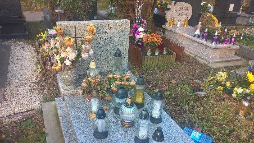 Grób Kasi na cmentarzu Batowickim